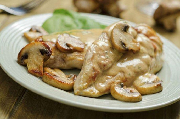 Pechugas rellenas de champiñones con queso