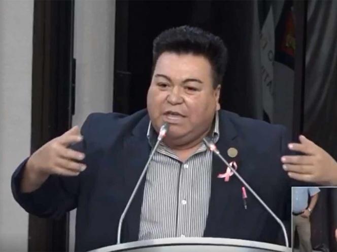 """Diputado de Sonora """"sale del closet"""" desde tribuna del Congreso"""